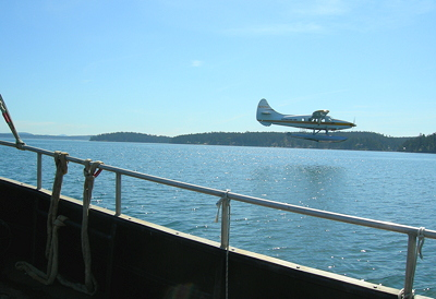 [IMAGE] de sea plane, from de ferry