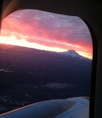 [IMAGE] Mt. Rainier at dawn